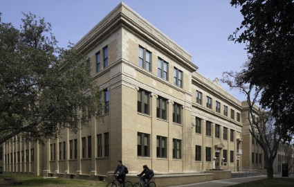 <p>Satterfield &amp; Pontikes Award-Winning Francis Hall Renovation </p>